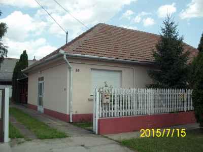 Családi ház a Járószék utcában, akár három generációnak is