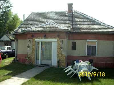 Pirtói családi ház