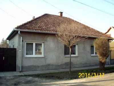 Teljesen felújított Gyep utcai családi ház.