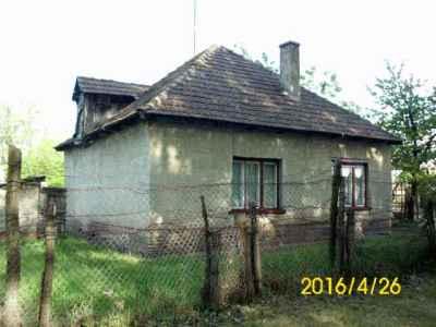 Kis családi ház Tompán