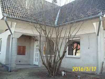 Sóstói, nagy családi ház