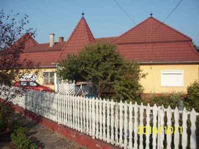 Eladó családi ház a Galagonya utcában