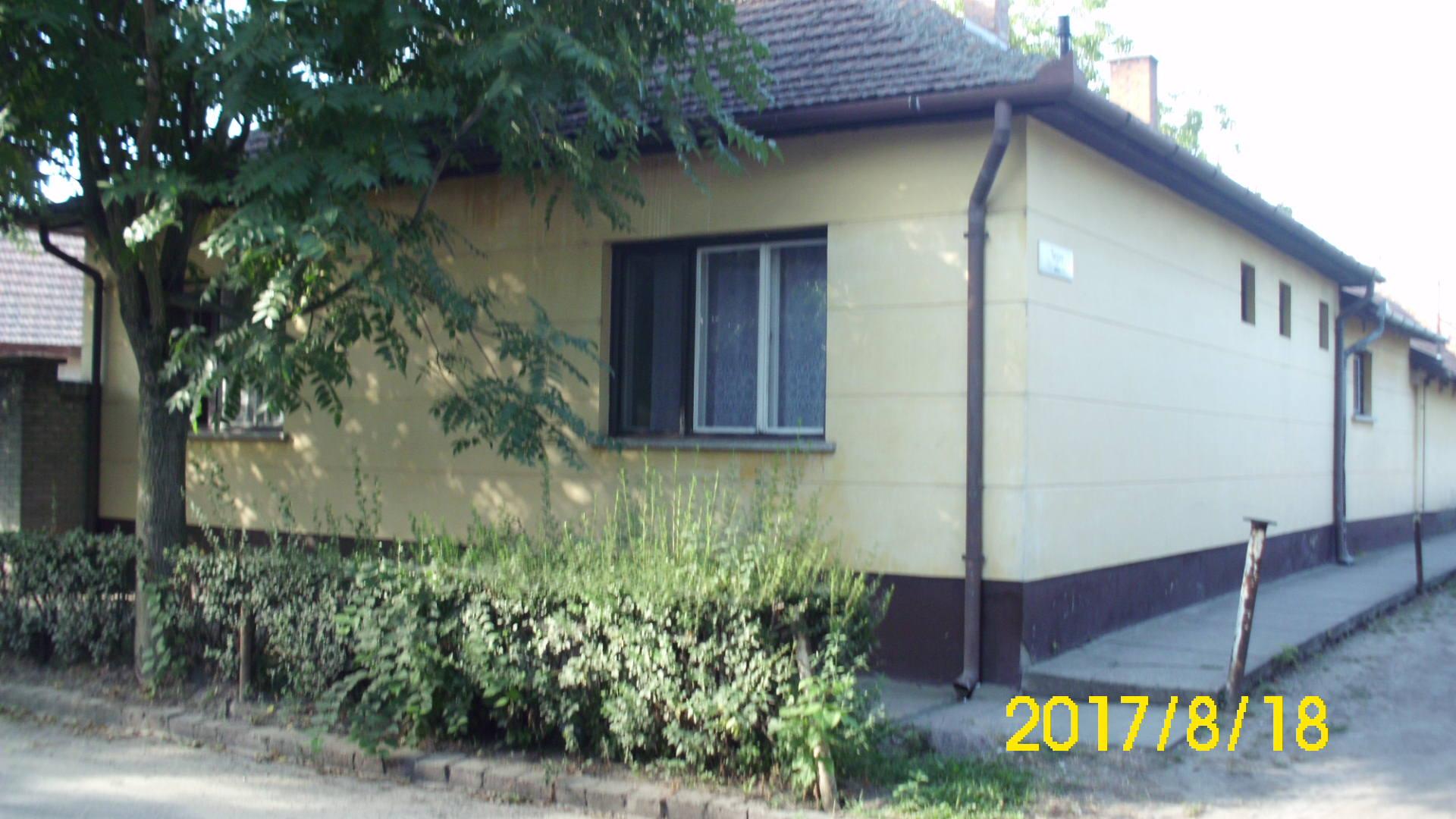 Kiskunhalas, Hunyadi utca 2,5 szobás családi ház